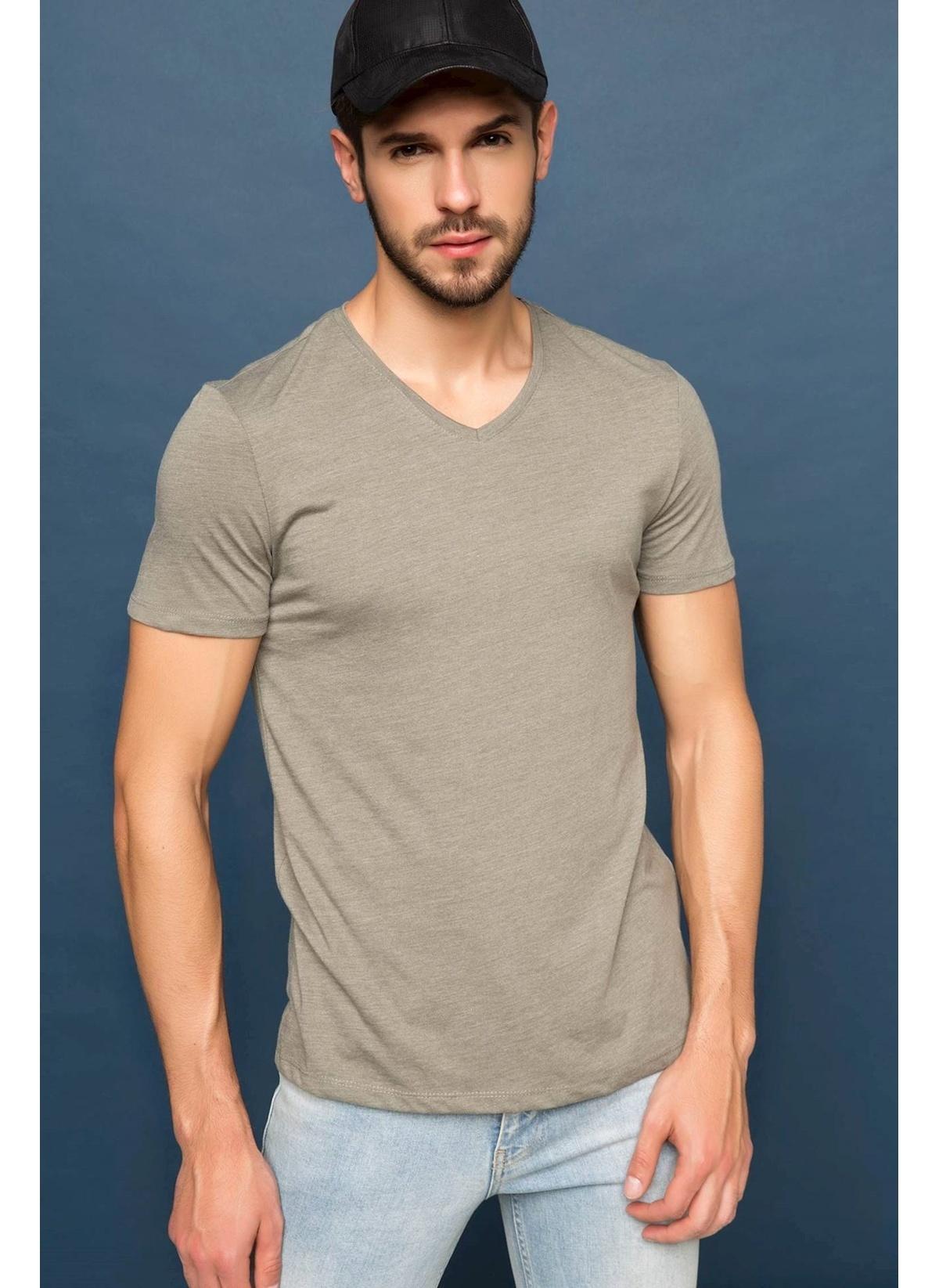 Defacto Basic V Yaka T-shirt G5734az17smkh174t-shirt – 24.99 TL
